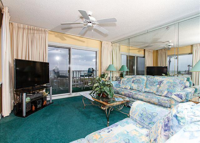 Living Room - SL 101:Beautiful corner condo- large windows, beach front, free beach chairs - Fort Walton Beach - rentals