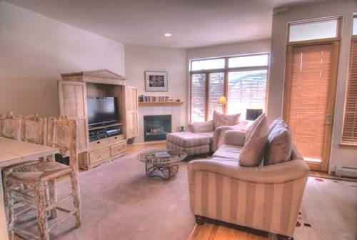 Savoy Villas 4B, 3BD condo - Image 1 - Vail - rentals