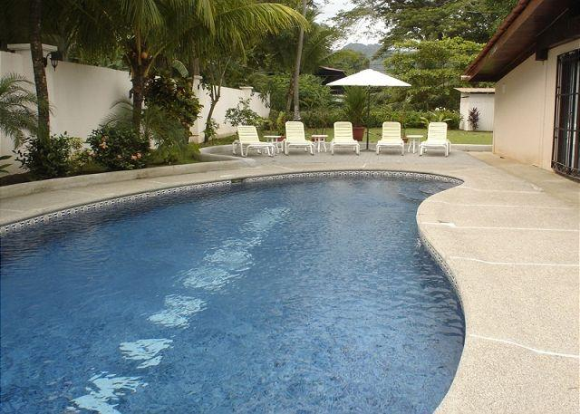 Pool area with grill, lounge chairs and table - Beachfront home in south Jaco, pool, grill, WiFi, yard, hammock, walk to town - Jaco - rentals