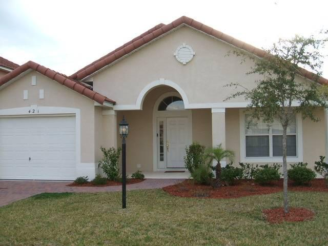Beautiful home located just 10mins to Disney - RR421 - Image 1 - Davenport - rentals