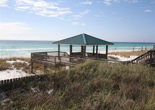 Gulf Winds East #36 Townhome ~FREE Golf, Parasailing, Snorkeling! - Image 1 - Miramar Beach - rentals