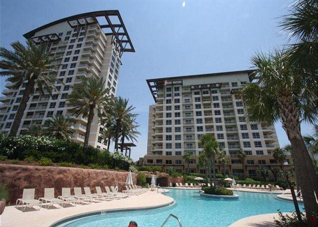 Luau 7027 ~ Beach Side Sandestin Resort ~ Great Gulf View ~ FREE Golf!! - Image 1 - Miramar Beach - rentals