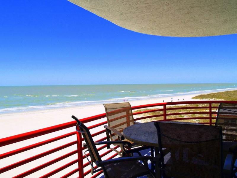 #302 at Crimson Condos - Image 1 - Madeira Beach - rentals