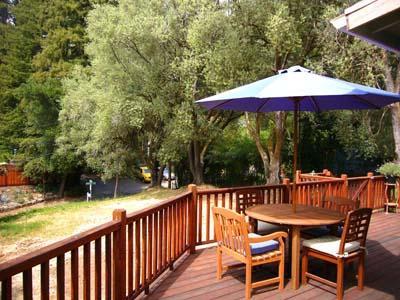 Olive Cottage Sunny Deck with Outdoor Dining - Olive Cottage - Guerneville - rentals