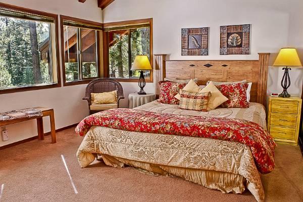 Northstar Home w/hot tub, 4 bdrm, slps 12, ski view - Image 1 - Northstar - rentals