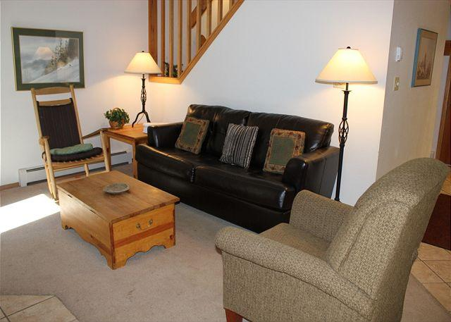 CC206 Amazing Condo w/ Wifi, Fireplace, Clubhouse, 2 Blocks Off Main St. - Image 1 - Frisco - rentals