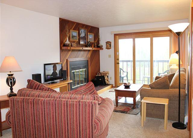 SS62 Choice Condo w/Fireplace, Clubhouse, Wifi - Image 1 - Silverthorne - rentals