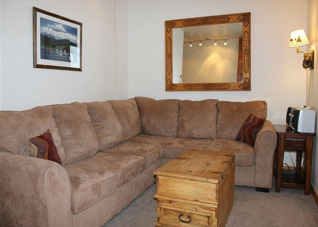 TR405A Timeshare Condo w/Wifi, Clubhouse, Mountain Views, Fireplace - Image 1 - Silverthorne - rentals
