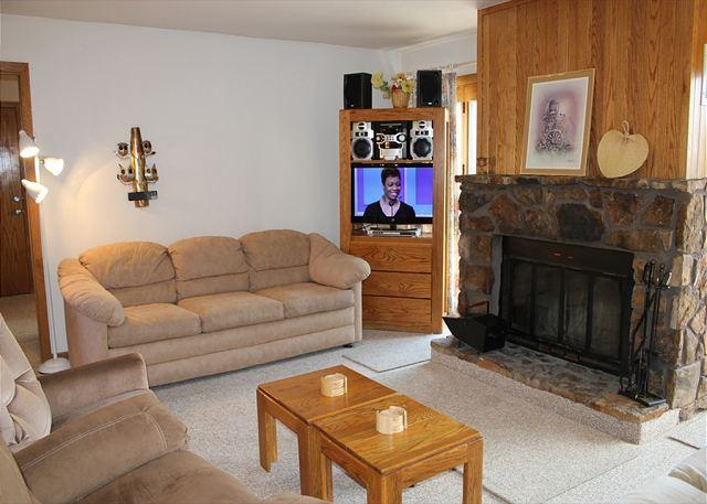BV103BB 1st floor, Cute Condo with Elevator, Wifi, Fireplace, Clubhouse - Image 1 - Silverthorne - rentals