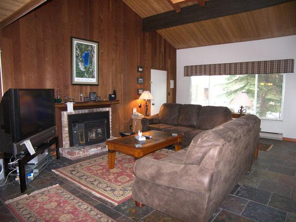 Incline Village 3 Bedroom, 2 Bathroom Condo (20FP) - Image 1 - Incline Village - rentals