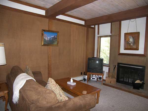 Beautiful 3 Bedroom & 2 Bathroom Condo in Incline Village (36RC) - Image 1 - Incline Village - rentals