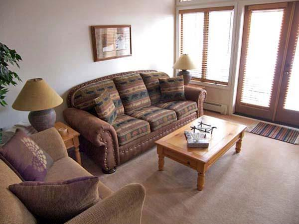 Gorgeous 2 BR, 2 BA Condo in Incline Village (79MC) - Image 1 - Incline Village - rentals