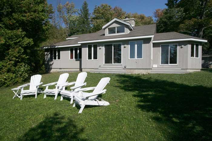 Red Bay cottage (#377) - Image 1 - Sauble Beach - rentals