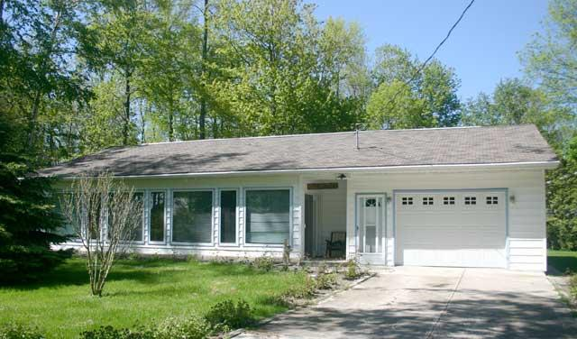 Rosey Day Cottage (#344) - Image 1 - Point Clark - rentals