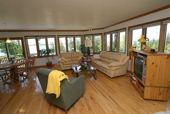 Shangrila cottage (#126) - Image 1 - Tobermory - rentals