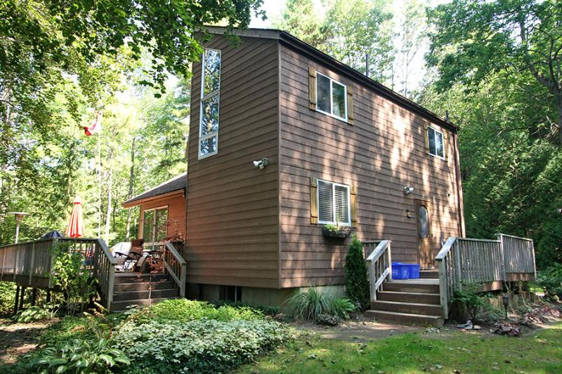 Huron Hideaway cottage (#474) - Image 1 - Point Clark - rentals