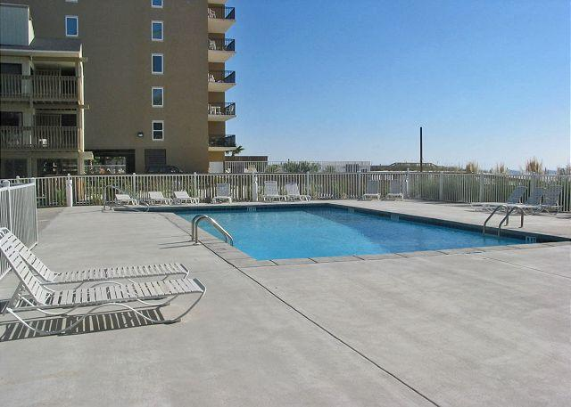 Outdoor Pool - Nice Relaxing Vacation Condo ~ Bender Vacation Rentals - Gulf Shores - rentals