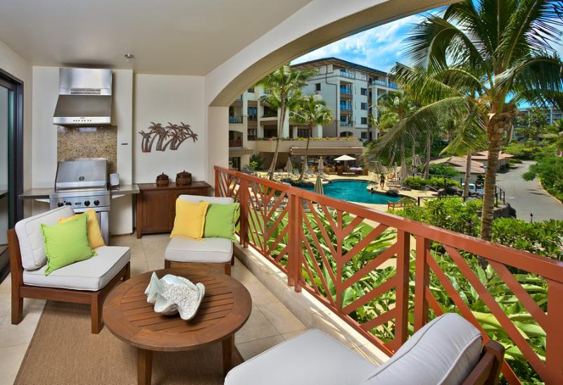 Large Outdoor Terrace With BBQ, Partial Ocean & Pool View - Island Oasis M111 Wailea Beach Villas - Wailea - rentals