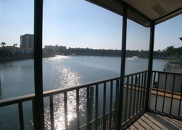 Isla Del Sol BLKV-205- Fantastic Lakeside Villa with Screened Balcony! - Image 1 - Saint Petersburg - rentals