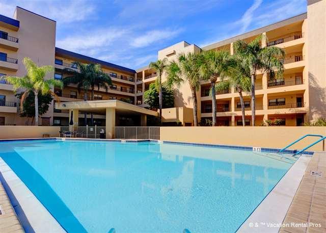 Gulf and Bay Club boasts the most amenities on Siesta Key - Gulf and Bay Club 102B Beach Front, Luxury Ground Floor unit - Siesta Key - rentals
