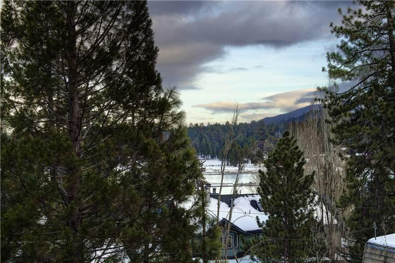 Lake View Lodge - Image 1 - Big Bear Lake - rentals