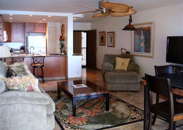 Entry - B701 Hololani Oceanfront Resort - Lahaina - rentals