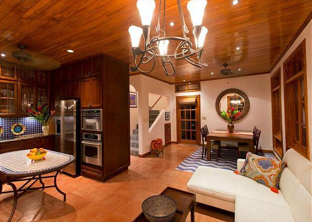 Kitchen and living area - Exceptional 3BR vacation villa Private pool, near beach, gas grill - CV6 - Tamarindo - rentals