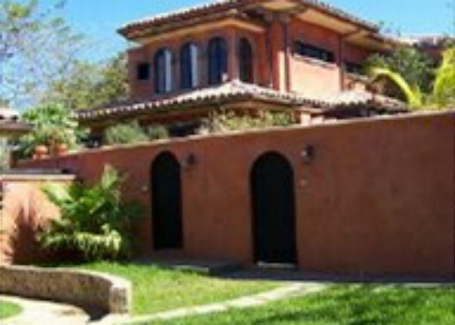 Front - Relaxing private villa- near beach, cable, internet, kitchen, private pool - Tamarindo - rentals