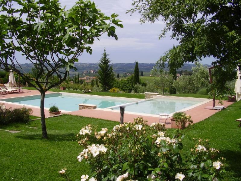 Apartment Rental in Tuscany, Montefiridolfi - Bianco 4 - Image 1 - Montefiridolfi - rentals