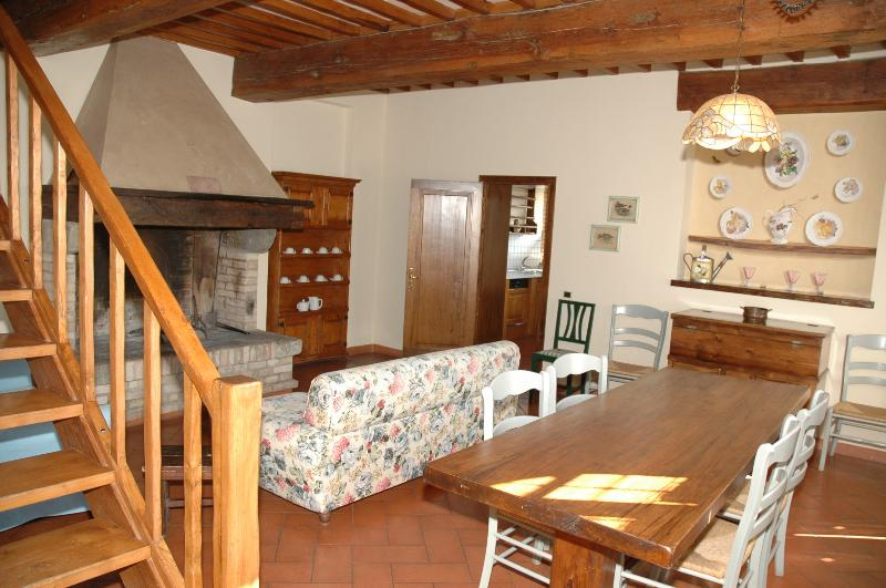 Tuscany Farmhouse Close to a Castle - Casa Berto - Image 1 - Montespertoli - rentals