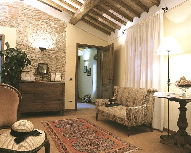Large Villa Rental near Vorno, Lucca with Air Conditioning - Casa Samuele - Image 1 - Lucca - rentals