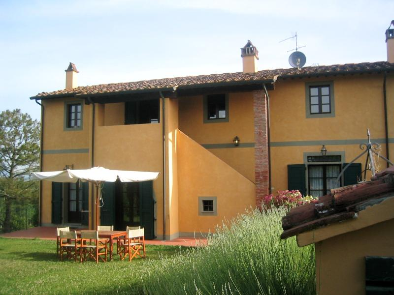 Accommodation in a Farmhouse in Tuscany - Fattoria Capponi - Armani - Image 1 - Montopoli in Val d'Arno - rentals