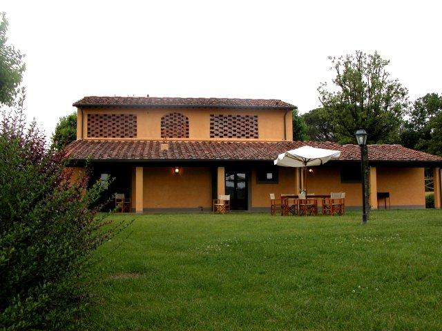 Holiday Farmhouse in Tuscany - Fattoria Capponi - Gucci - Image 1 - Montopoli in Val d'Arno - rentals