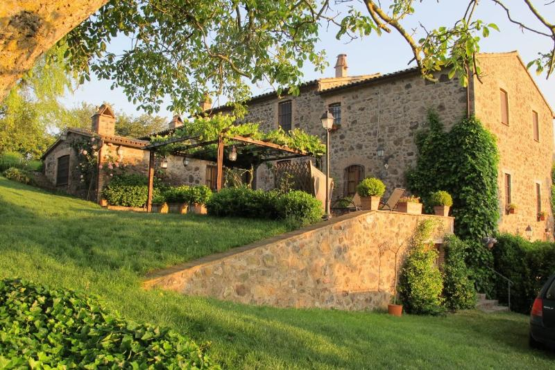 Country Home on the Tuscany Umbria Border - La Cappella dell'Alfina - 8 - Image 1 - Acquapendente - rentals