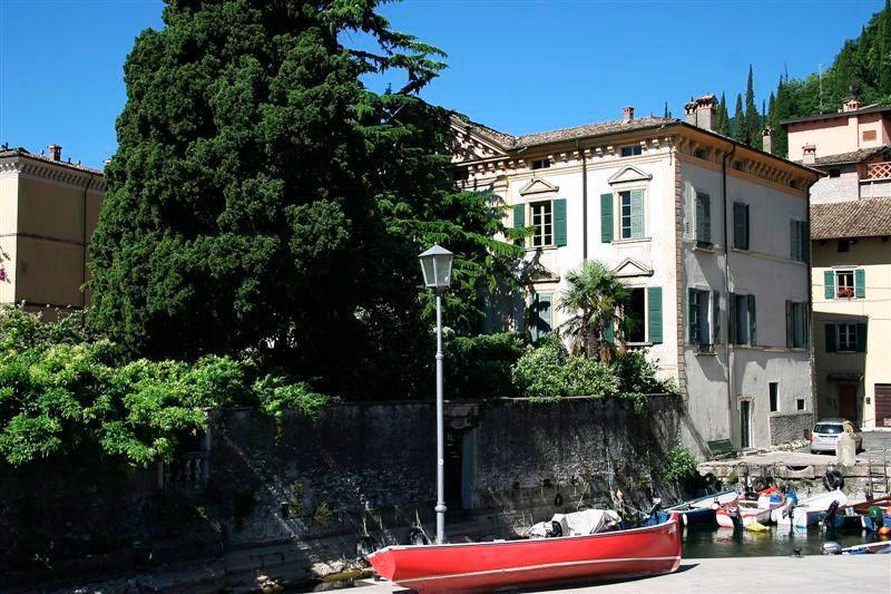 Apartment Rental on Lake Garda - Casa Maderno - Image 1 - Gardone Riviera - rentals