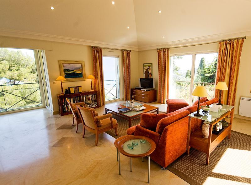 Villa Beaulieu- French Riviera Luxury Rental Near Beaulieu-sur-Mer - Image 1 - Beaulieu-sur-mer - rentals