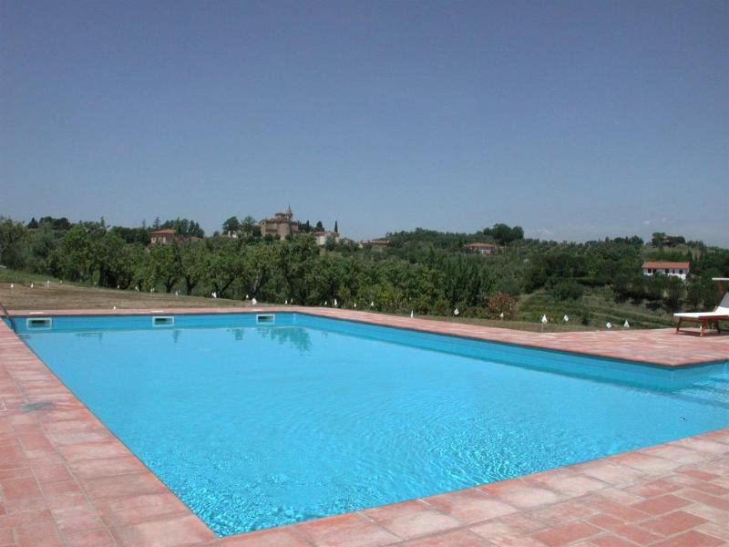 STUNNING SWIMMING POOL - Villa Eleonora :  Villa In Pisa ,Tuscany - Cevoli di Lari - rentals
