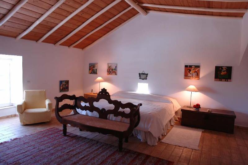 Peaceful Portugal Villa in Algarve - Villa de Diogo - Image 1 - Algarve - rentals