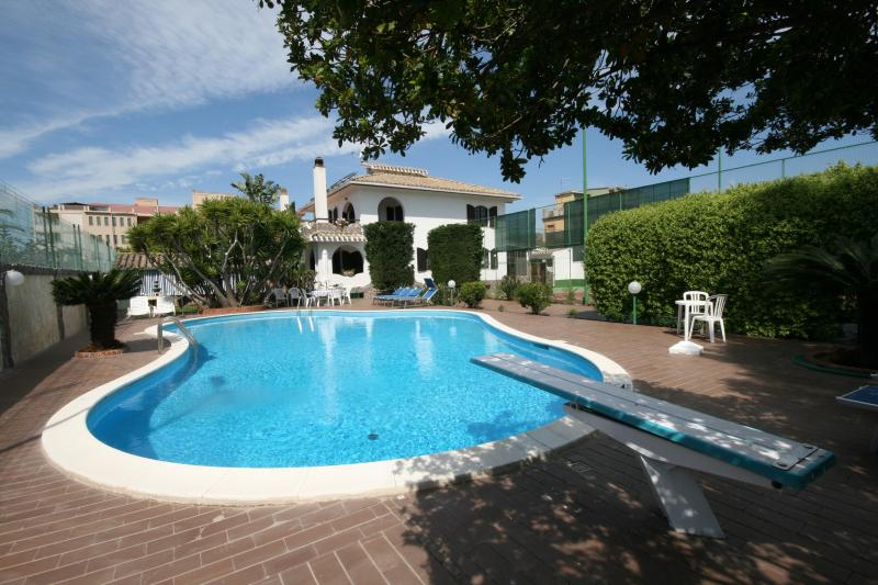 Villa Rental in Sardinia, Flumini - Villa Flamingo - Image 1 - Flumini - rentals