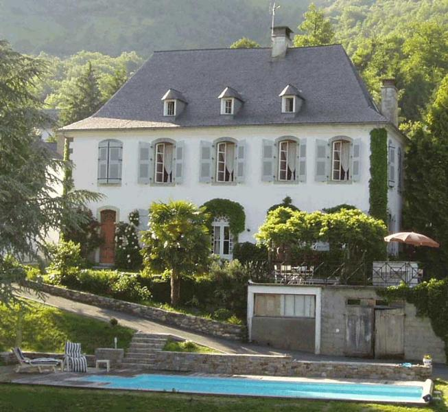 Holidays in the Pyrenees - Villa Lune - Image 1 - Argelès-Gazost - rentals