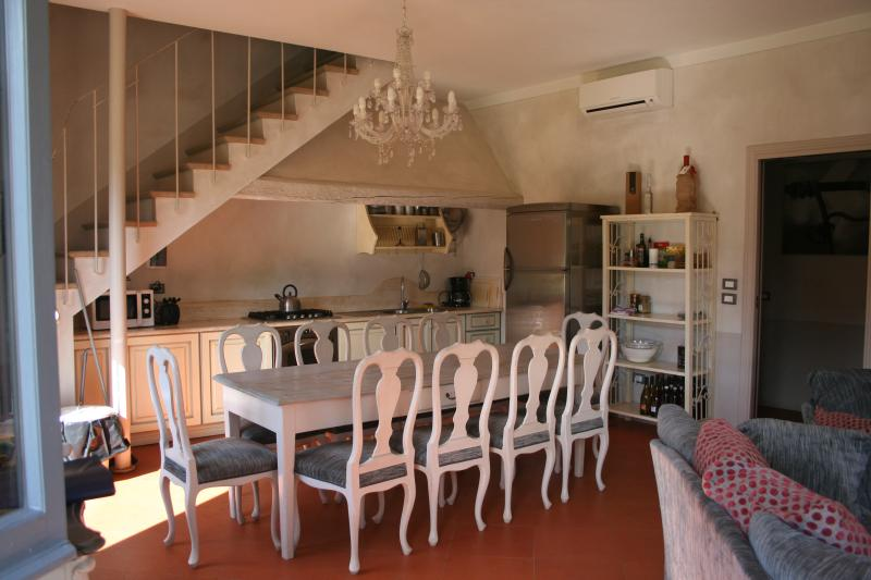 Villa Rental in Tuscany, Montepulciano - Villa Rosa - Image 1 - Montepulciano - rentals