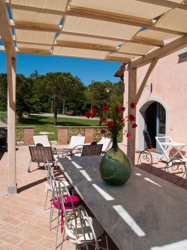 Enchanting Tuscan Villa Near Montepulciano - Villa Rosa - Image 1 - Montepulciano - rentals