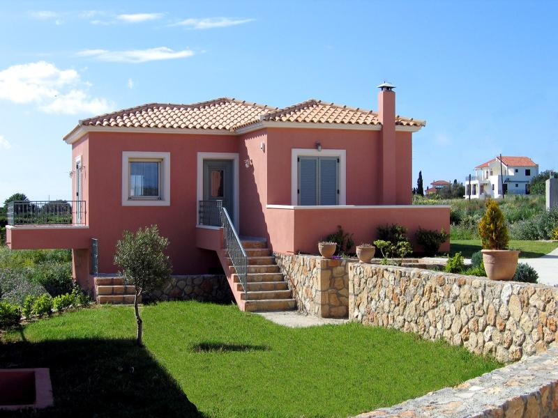 Welcoming Greece Villa Within Steps of the Beach  - Villa Thio - Image 1 - Svoronata - rentals