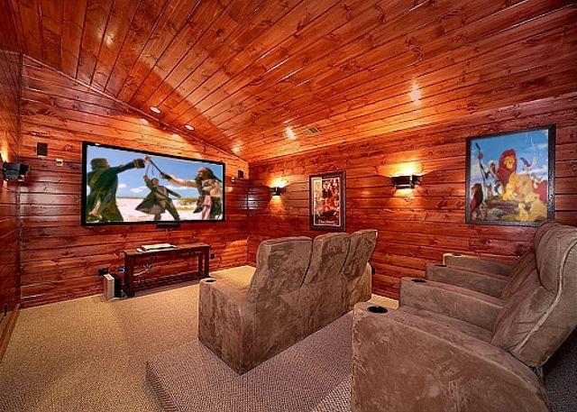 5 Bedroom Gatlinburg Cabin Rental with Home Theater Room - Image 1 - Gatlinburg - rentals