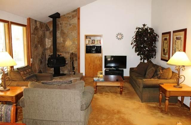 12 Diamond Peak Lane - Image 1 - Sunriver - rentals