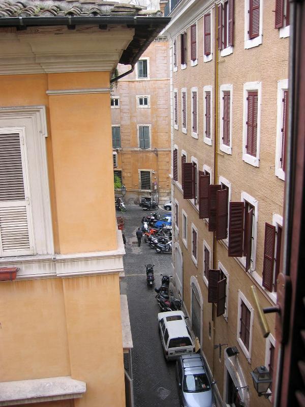 Rome Apartment Rental Near Piazza Campo dei Fiori - Campo dei Fiori - Antonius - Image 1 - Rome - rentals
