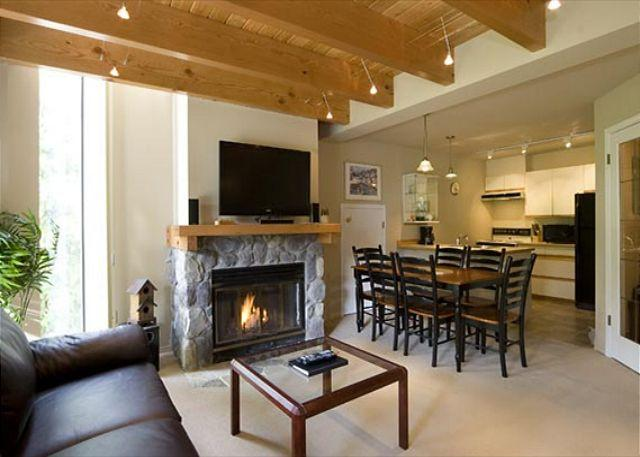 Living Room with Fireplace and Flat Screen TV - The Gables #45 | 2 Bedroom Townhome, Parking, Short Walk to Both Mountains - Whistler - rentals