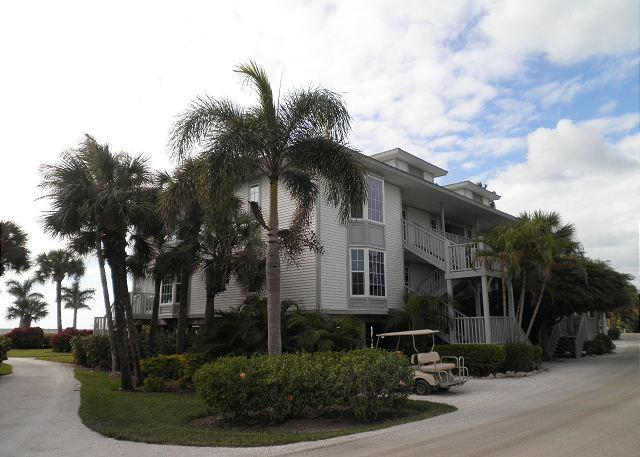 Beach & Gulf Front Villa At Palm Island Resort with All Resort Amenities - Image 1 - Cape Haze - rentals