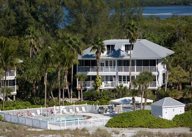 Beach and Gulf Front Villa at Palm Island Resort with All  Resort Amenities - Image 1 - Cape Haze - rentals