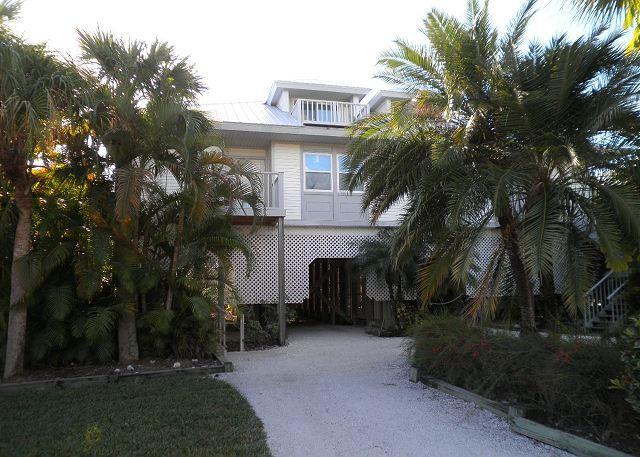 Beach & Gulf Villa at Palm Island Resort with All Resort Amenities - Image 1 - Cape Haze - rentals